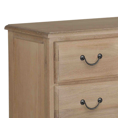 close up of the oak top on the Harrogate Oak 2 over 3 Chest of Drawers