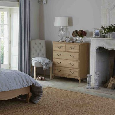 Lifestyle bedroom image of the Harrogate Oak 2 over 3 Chest of Drawers