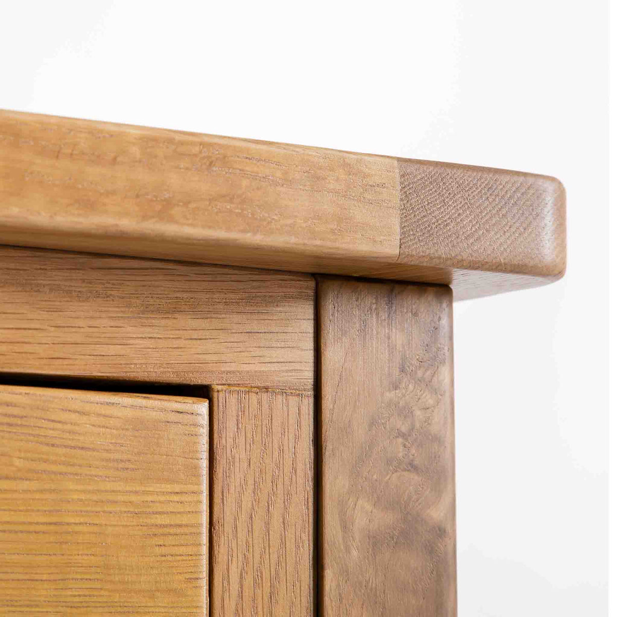 close up of rounded oak top corners of the Roseland Oak Console Table