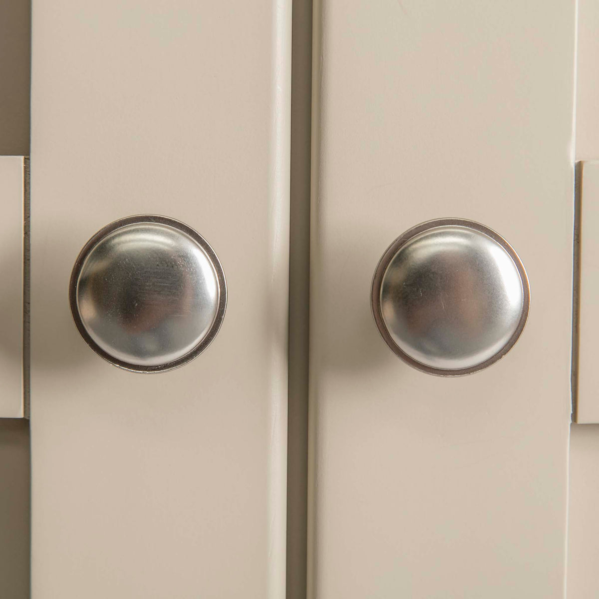 Padstow Stone Grey Large Larder Unit - Close up of  Drawer Handles