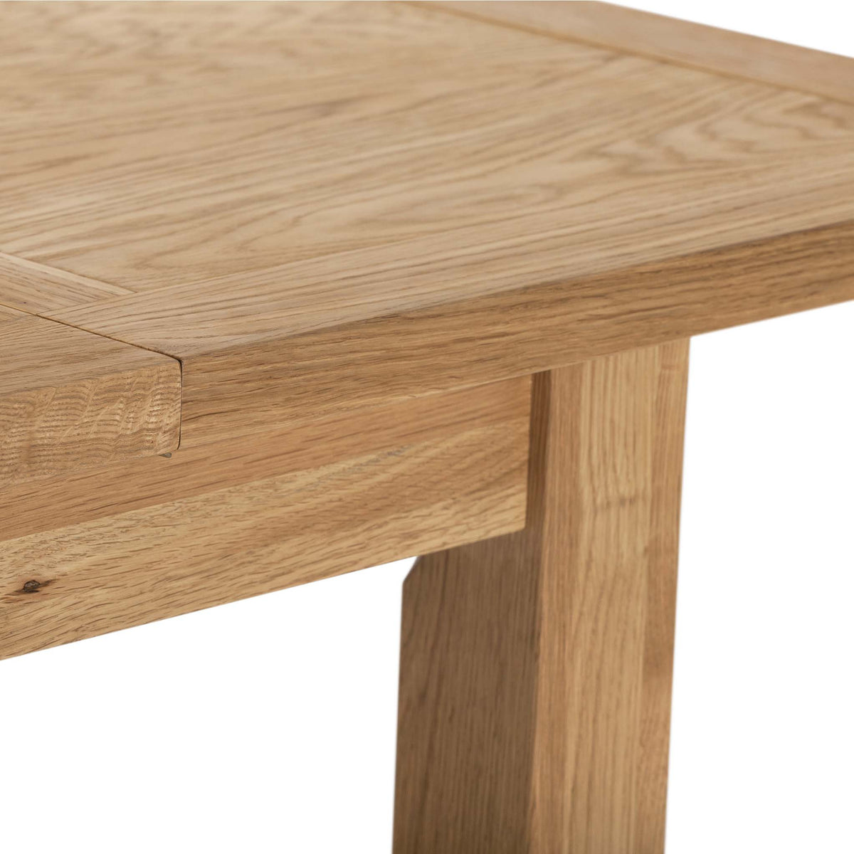 Closeup - Charlestown Oak Extendable Dining Table