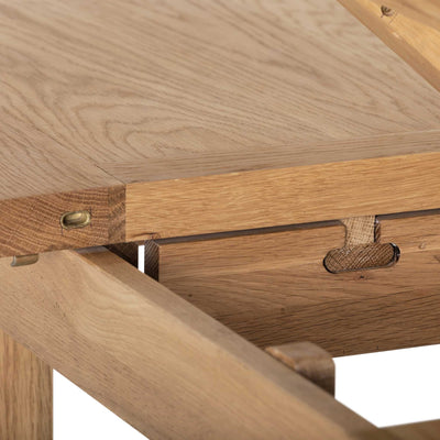 Close up - Charlestown Oak Extendable Dining Table