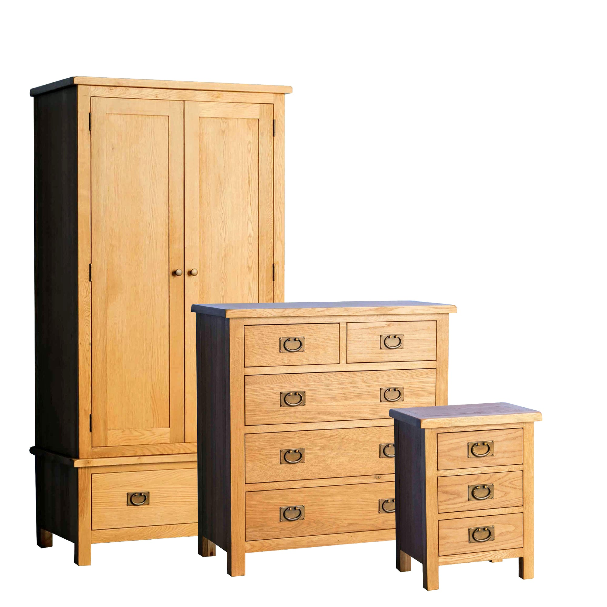 Surrey Oak 3 piece bedroom set by Roseland Furniture