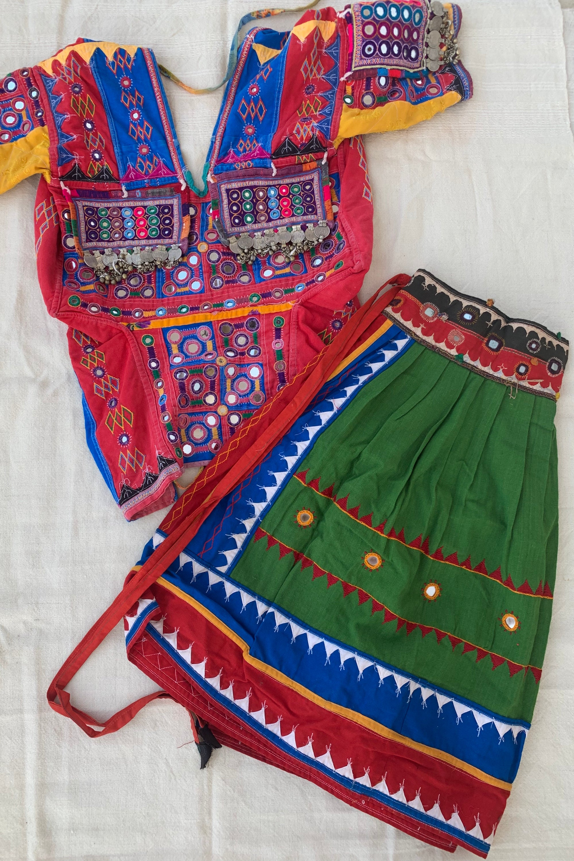 Karnataka Banjara Tribal Hand Embroidery Top + Skirt >>~•》Outfit. Detailed Traditional Embroidered Textiles. Unique Tribal One Of A Kind