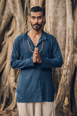 Sleeveless shirt with Hoodie • Handwoven Khadi Cotton