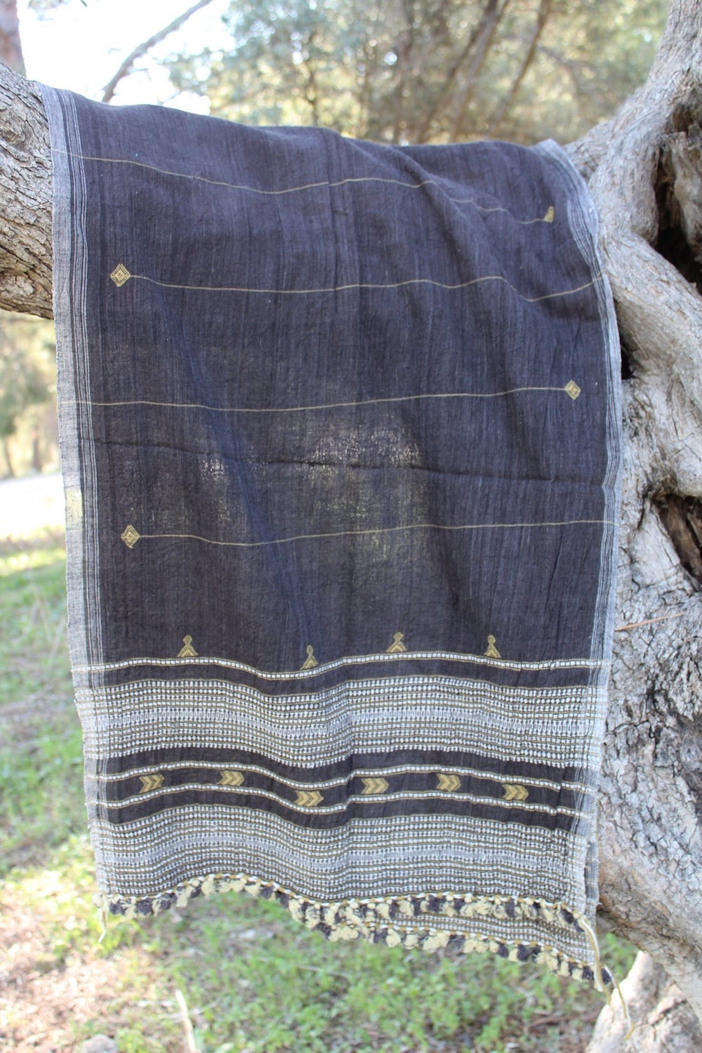 Organic Cotton Plant Dye Handwoven Gujarati Tribal Shawl ~