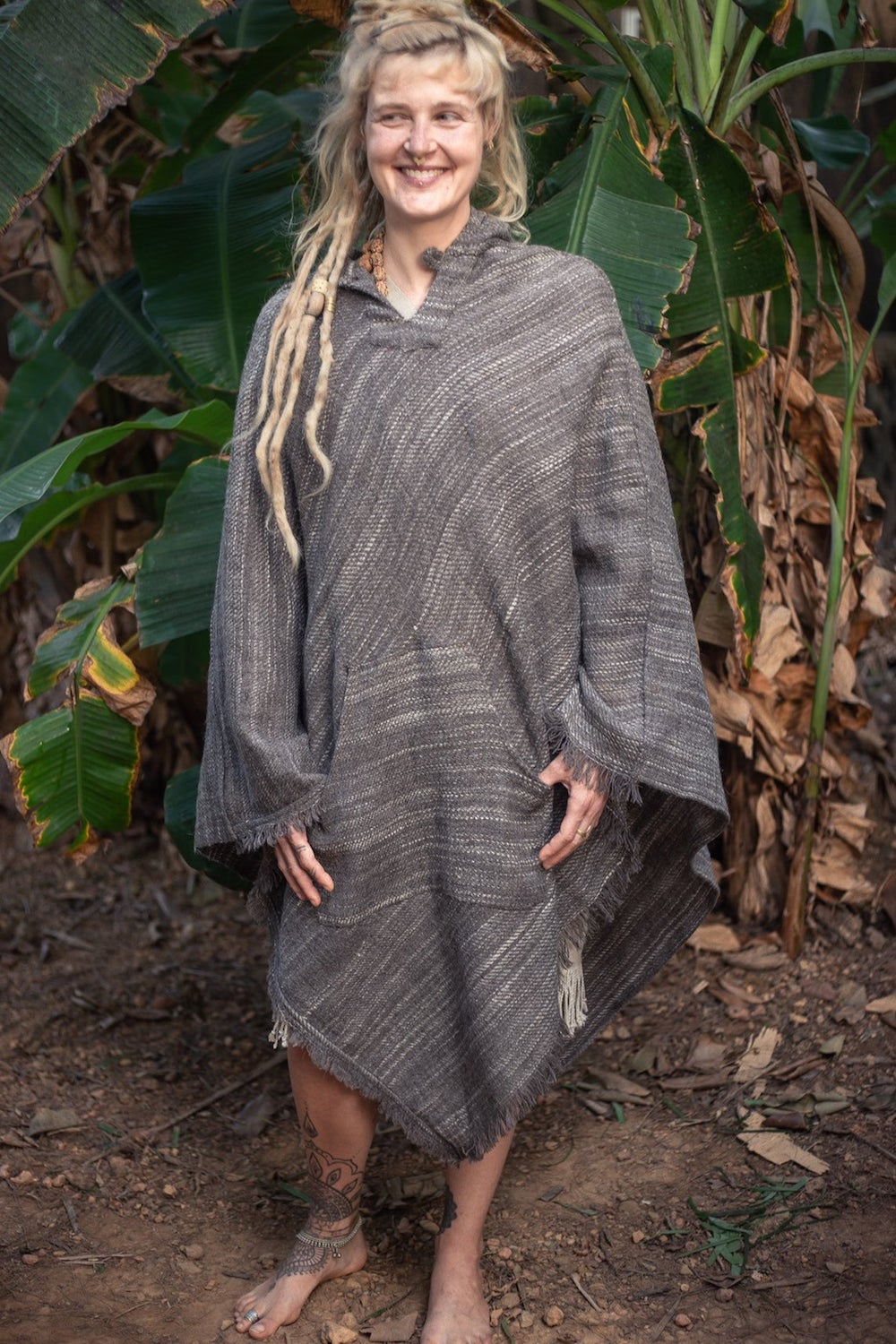 Extra long Handwoven Wool Poncho. Natural Wool Poncho. 100% Handwoven Wool