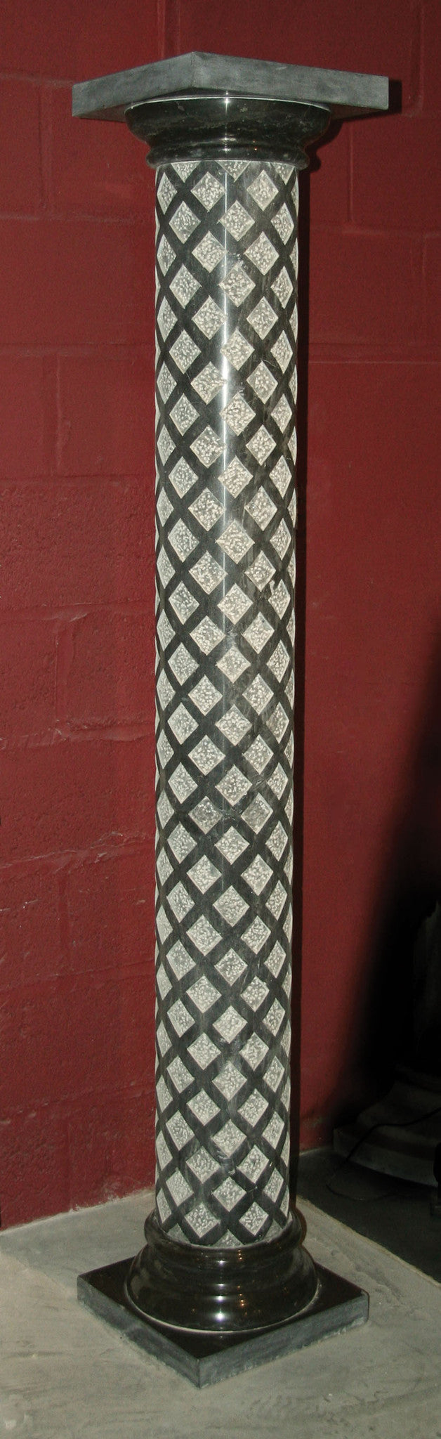 The Harlequin Column. (Charcoal Marble)