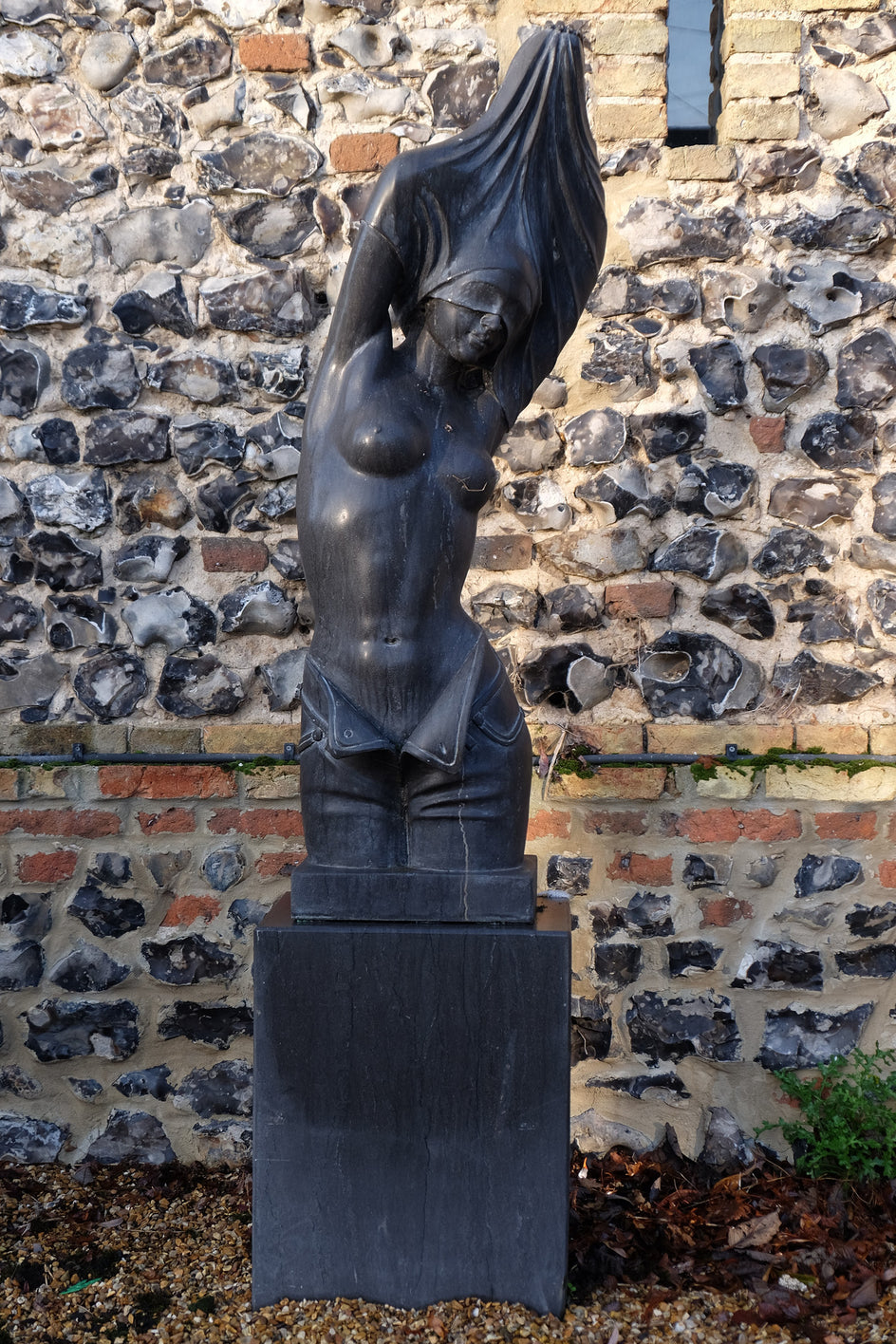 The Bather (Contemporary). (Black Marble)