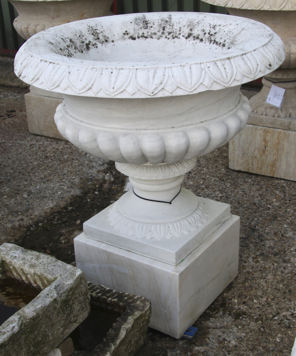 Tazza urn / white marble 006 - 1000 mm (H)