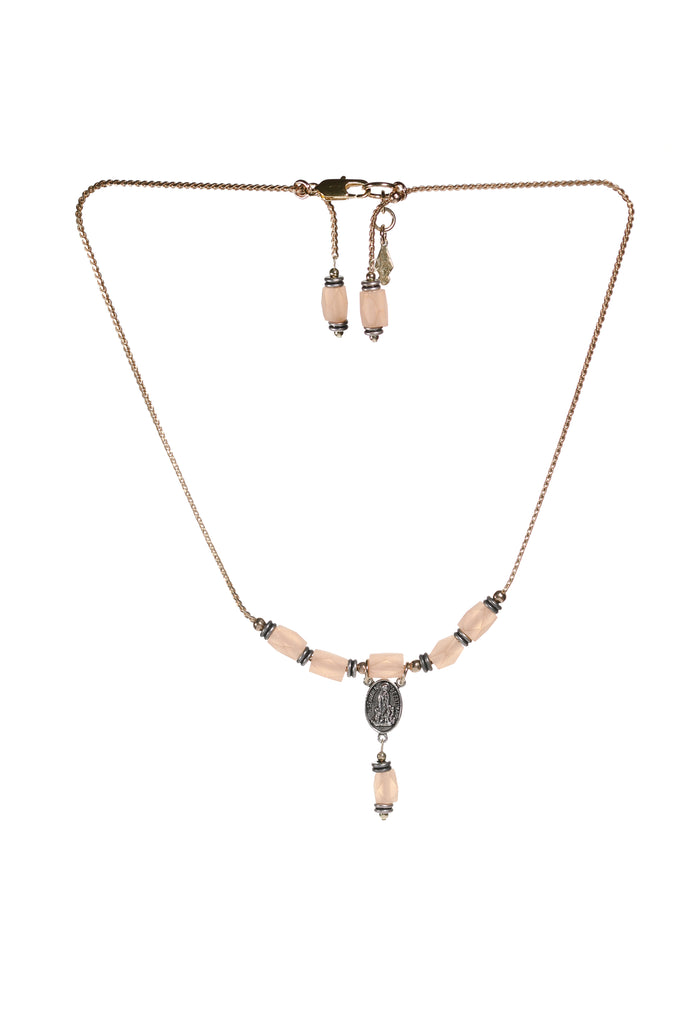 Rhiannon Short Necklace Pink