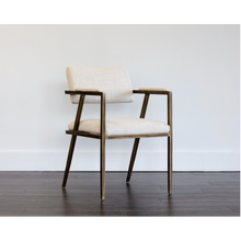 Load image into Gallery viewer, VENTOUZ ARMCHAIR