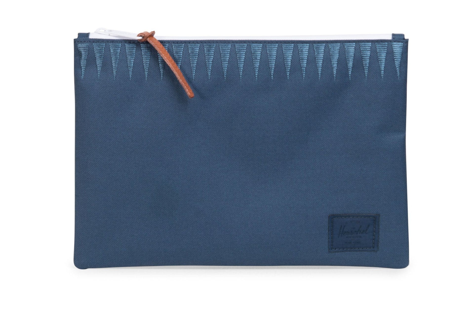 NETWORK L 600D POLY EMBRDRY ACCESSORIES HERSCHEL NAVY EMBROIDERY L