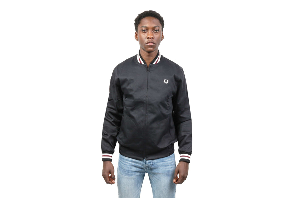 MIE ORIGINAL TENNIS BOMBER - J1307 MENS SOFTGOODS FRED PERRY BLACK 40