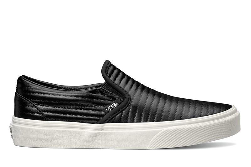 CLASSIC SLIP-ON (MOTO LEATHER) WOMENS FOOTWEAR VANS