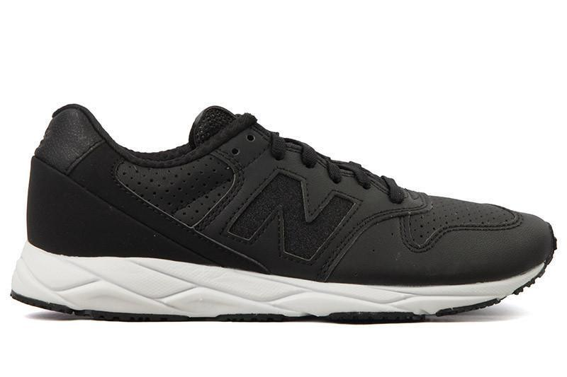 WRT96PTA WOMENS FOOTWEAR NEW BALANCE BLACK/WHITE 5.5