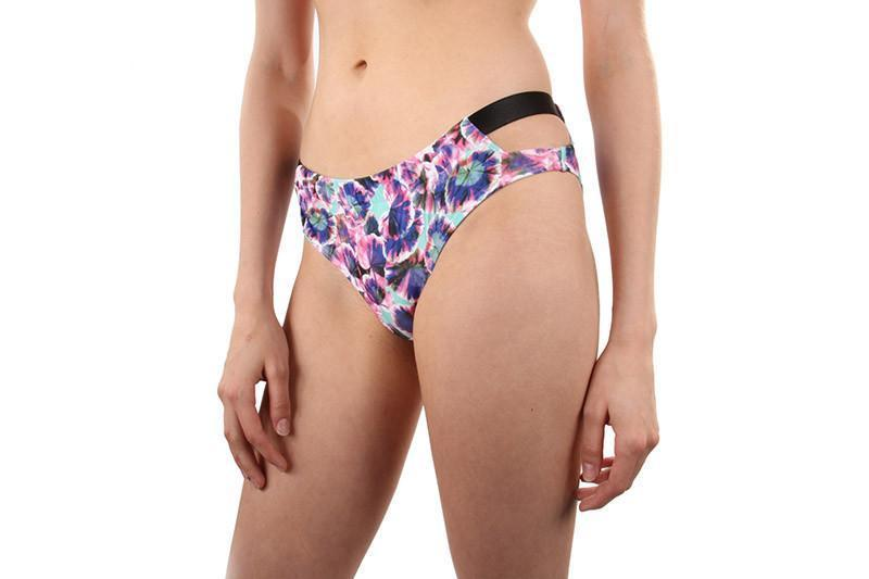 DEEP SEA DAYDREAM BIKINI BTM WOMENS SOFTGOODS MINK PINK MULTI XS