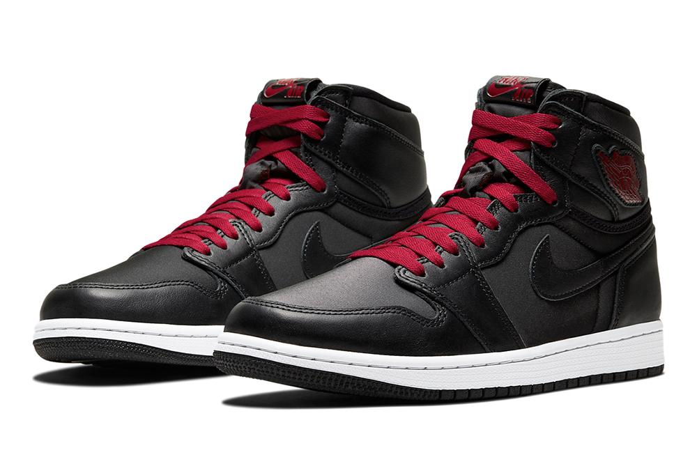 "AIR JORDAN 1 RETRO HIGH OG ""BLACK SATIN"" - 555088-060 MENS FOOTWEAR NIKE"