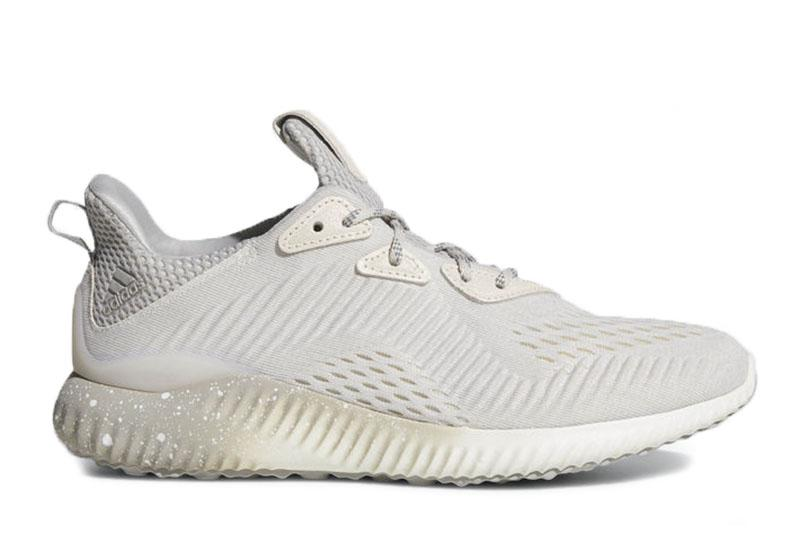 W ALPHABOUNCE 1 REIGNING CHAMP WOMENS FOOTWEAR REIGNING CHAMP BEIGE 5 CG5329