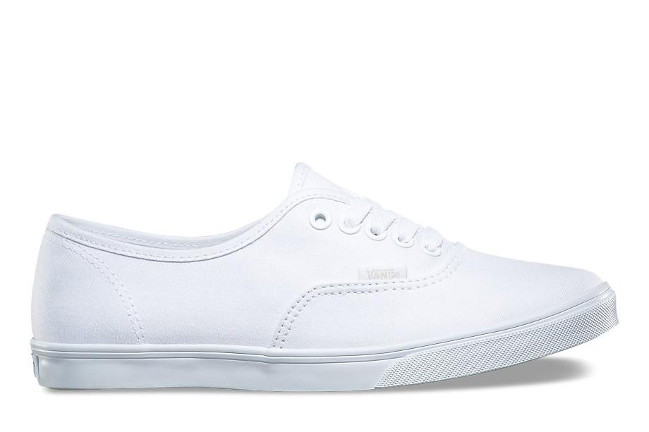 W AUTHENTIC LO PRO WOMENS FOOTWEAR VANS TRUE WHITE 6.5 VN-0F7BQLZ