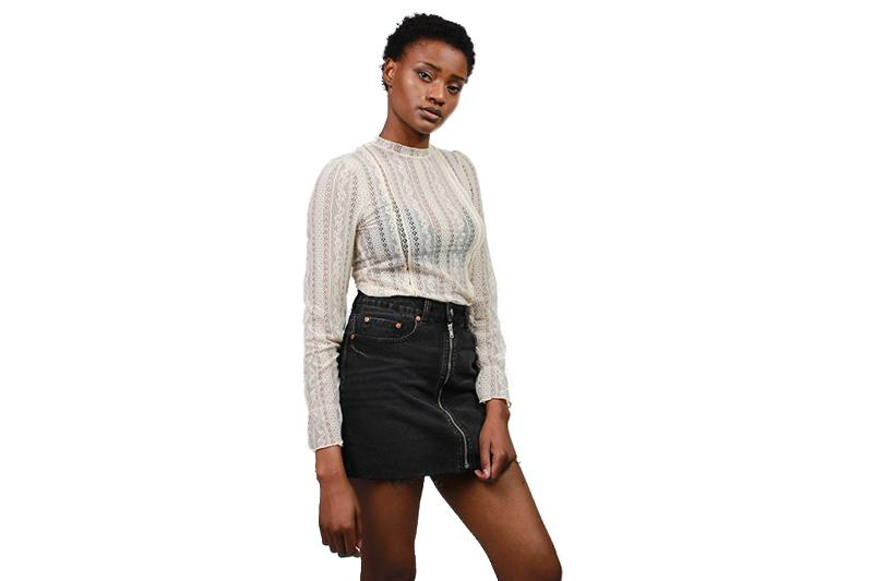 ALL ABOUT THAT LACE KNIT WOMENS SOFTGOODS AMUSE SOCIETY