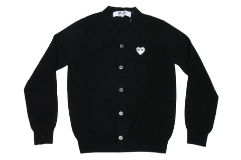 WHITE HEART PATCH BLACK CARDIGAN