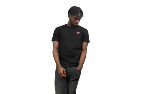 SMALL RED HEART BLACK TEE - AZT108