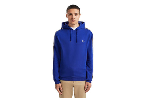 TAPED SLEEVE HOODED SWEATSHIRT - J7528 MENS SOFTGOODS FRED PERRY