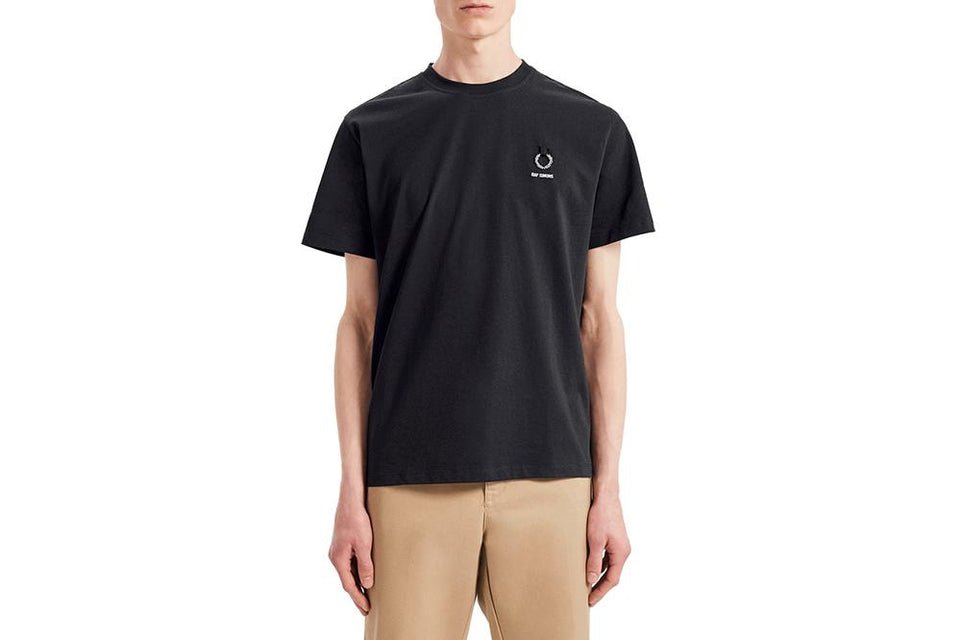 RAF SIMONS LAUREL DETAIL T-SHIRT - SM7059 MENS SOFTGOODS FRED PERRY