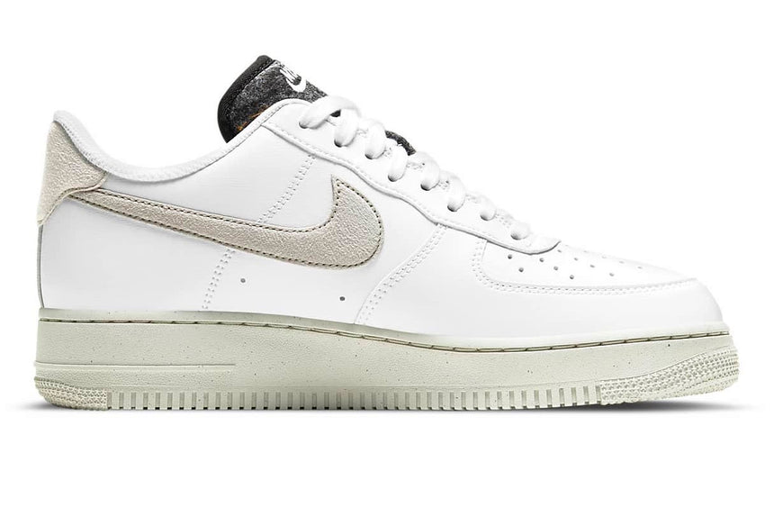 WOMENS AIR FORCE 1 '07 SE DA6682 100
