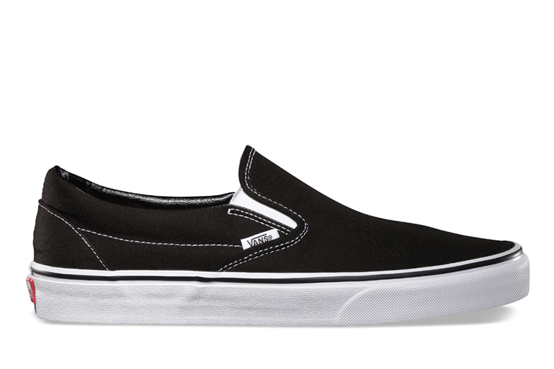 CLASSIC SLIP-ON WOMENS FOOTWEAR VANS