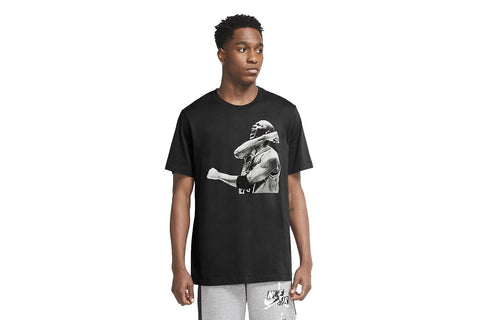 JORDAN PHOTO TEE - CN3588-010 MENS SOFTGOODS JORDAN