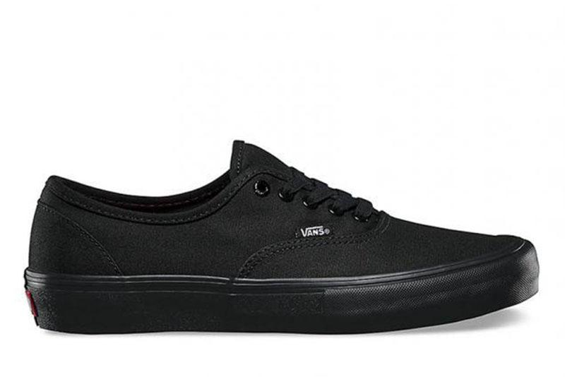 W AUTHENTIC BLACK WOMENS FOOTWEAR VANS BLACK/ BLACK 5.5
