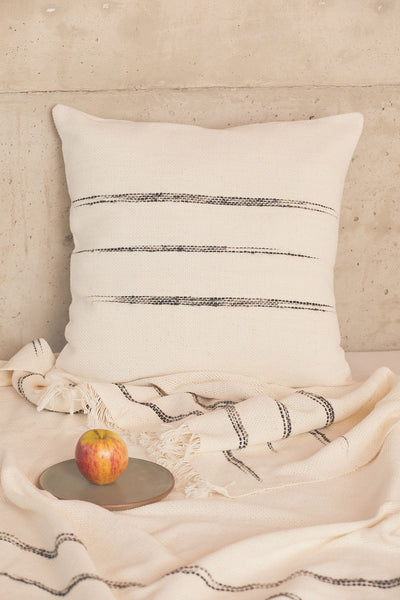 Alba Handwoven Cotton Throw - Ivory/Black