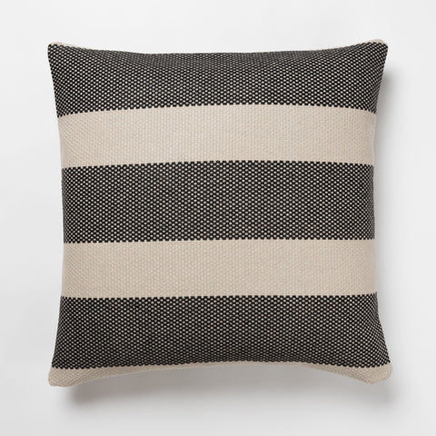 CINTA Coal Outdoor Pillow