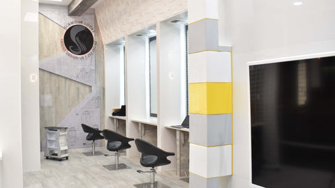 glamour-locks-hair-extensions-costa-mesa-interior