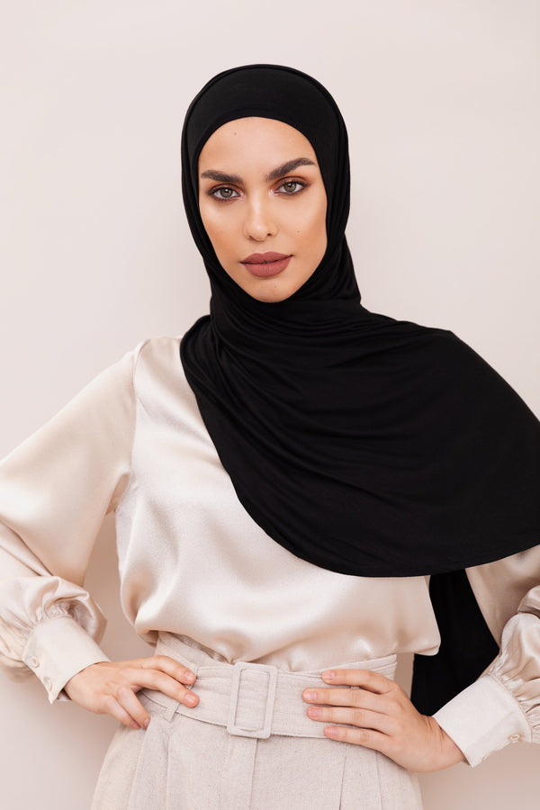 Black Instant Hijab | VOILE CHIC | Pre-Sewn Instant Hijab