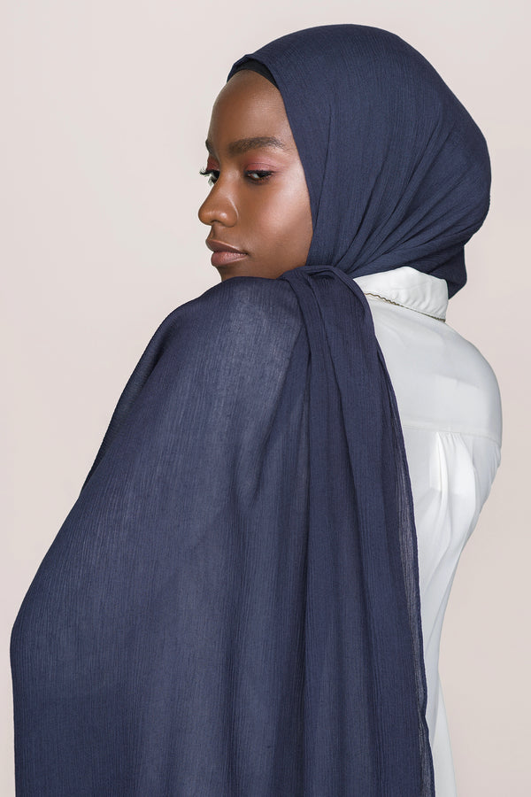 Crinkle Cotton Hijab - Navy Blue
