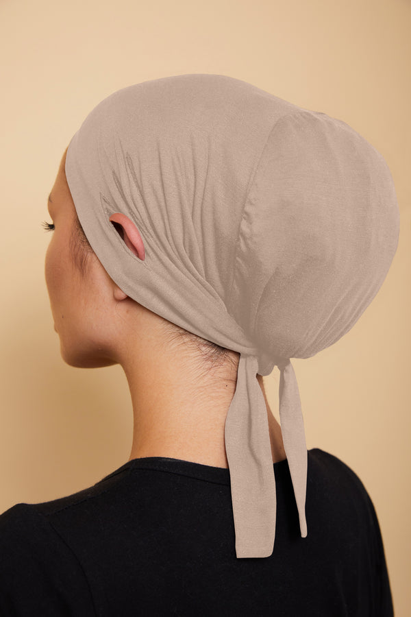 Ear Slit Under Scarf | Vanilla