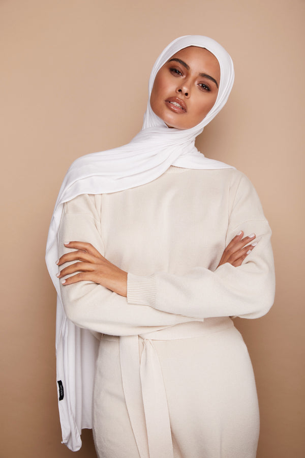 White Premium Jersey Hijab | VOILE CHIC | Jersey Hijab