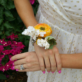 How to Make a Wrist Corsage Video