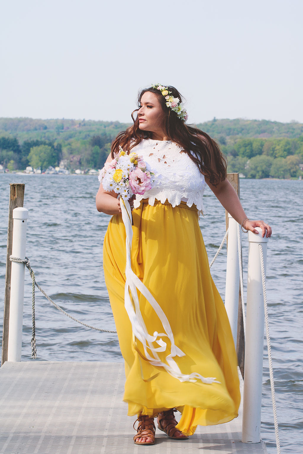 Get The Look Summer Daisy Wedding In Pink And Yellow