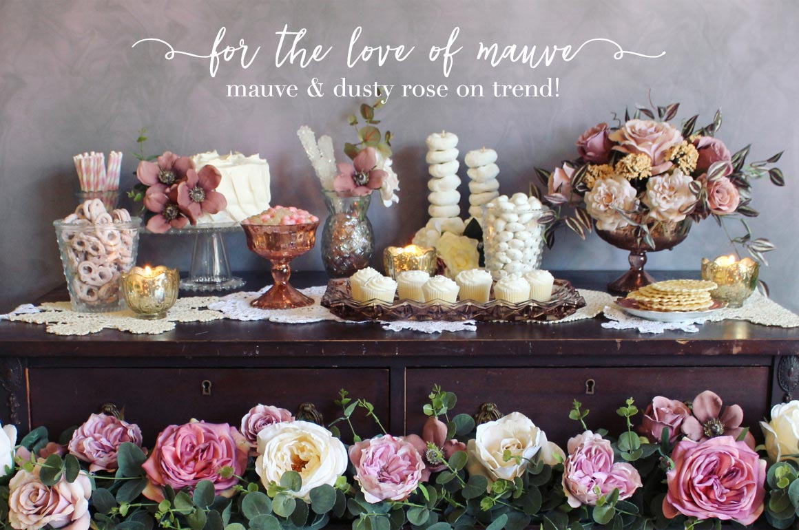 Trending: vintage mauve and dusty rose wedding decor