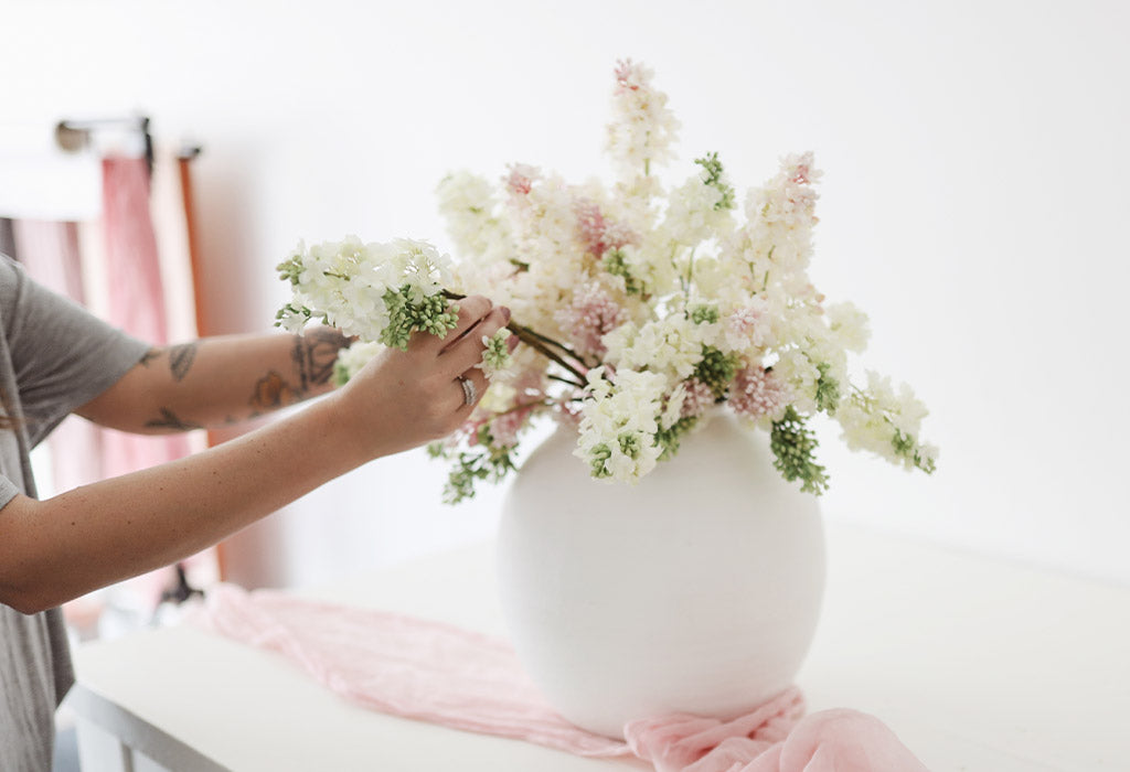 Where to find fake flowers that look real
