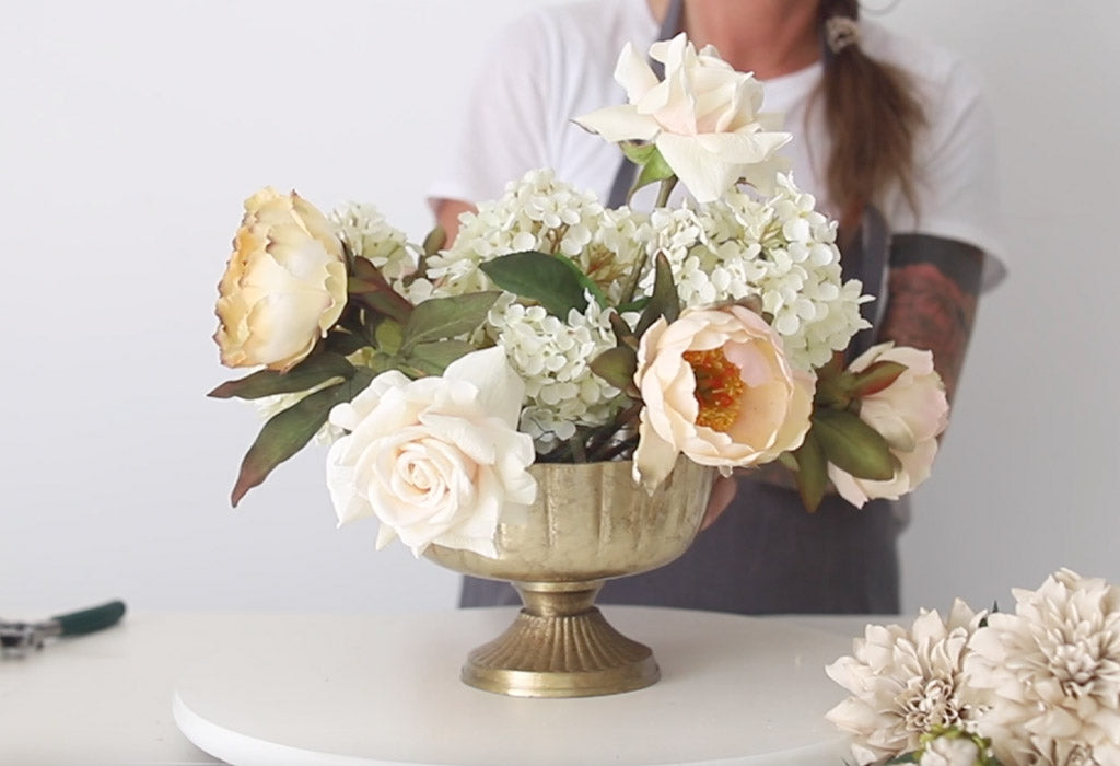 How to Make a Simple Fall Centerpiece