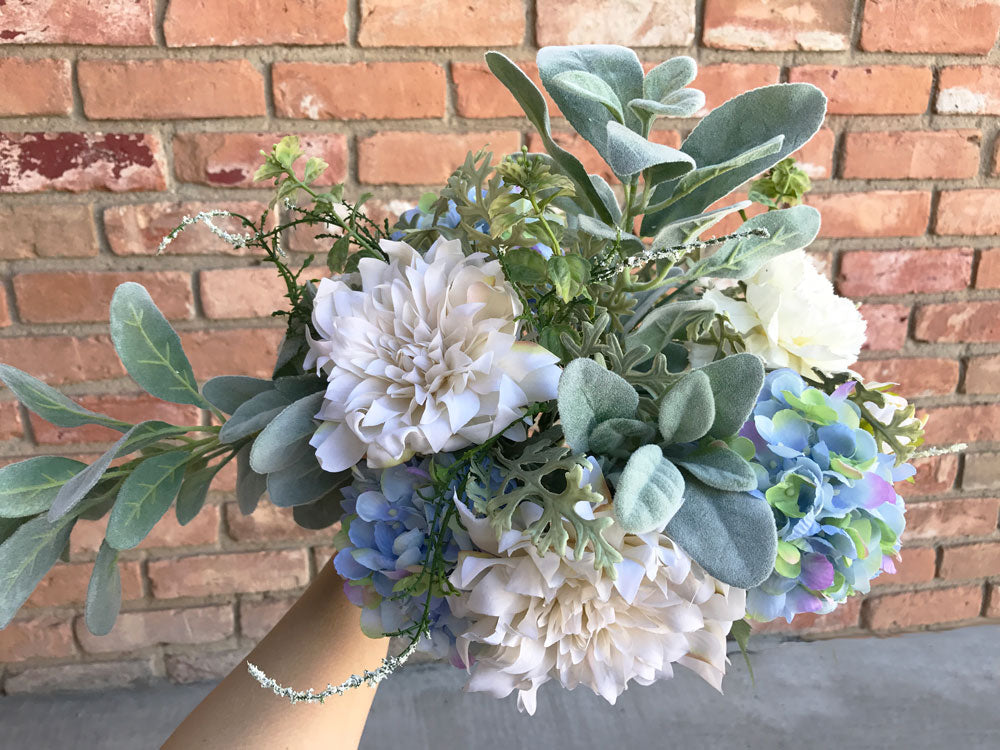 DIY Winter Wedding Bouquet