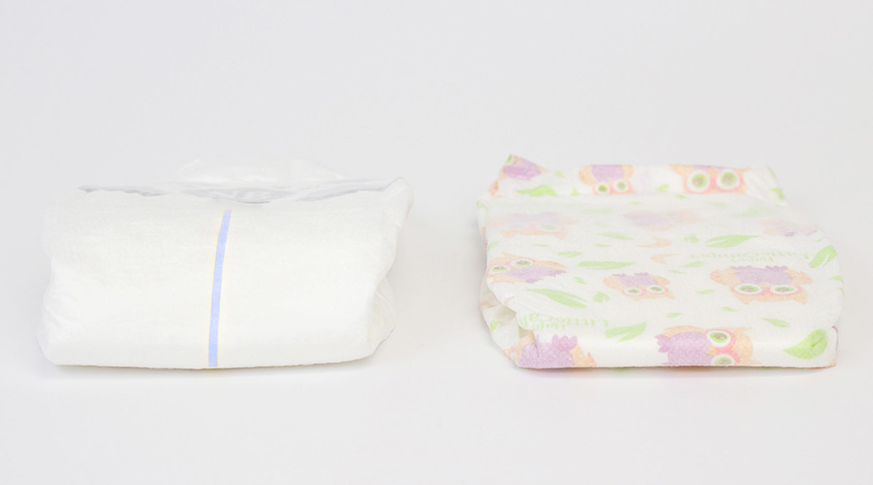 Happy little camper diaper and conventional diaper wetness indicator comparison