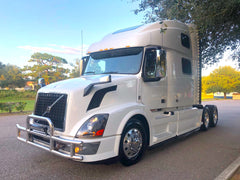 2013 Volvo VNL 780 Semi Truck D13, 10 Speed, WORK STATION, CB, GPS