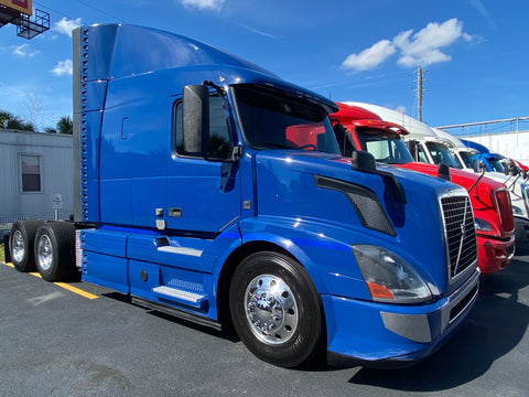 2016 VOLVO VNL64T630, D13 Volvo, I-shift, Auto, APU, Radar, specked for GREAT MPG, 474k miles