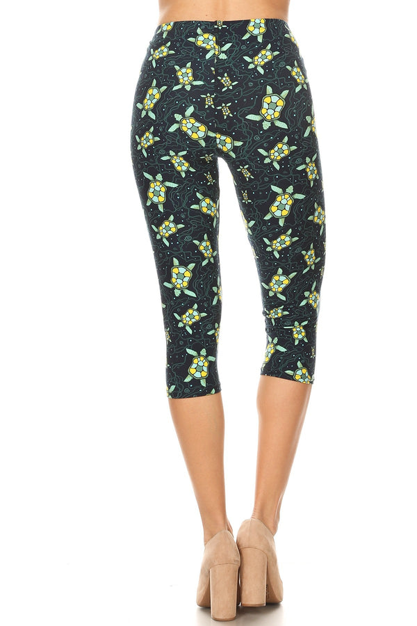 Women's Regular Colorful Sea Turtle Starfish Printed Cropped Capri Leggings - One Size / Blue